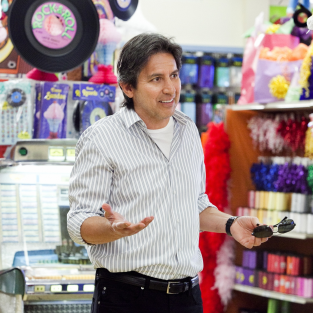 Ray Romano to Guest Star on The Middle Season Premiere