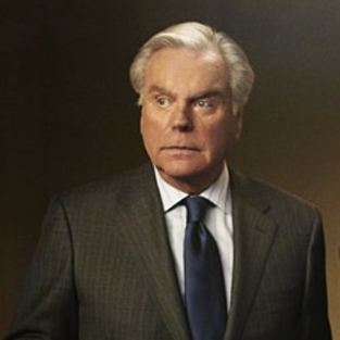 Robert Wagner and Ralph Waite to Reprise NCIS Roles