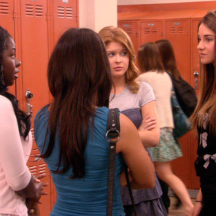 Secret Life of the American Teenager Review: No Snooping!