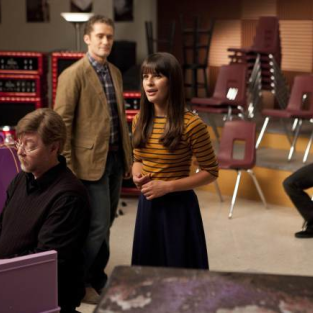 Fox TCA Rundown: No Glee Spin-Off; Renewals for Fringe, Terra Nova, House?