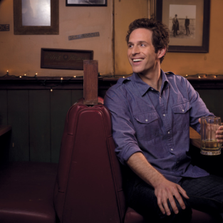 Glenn Howerton to Lay Down Law on The Mindy Project