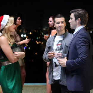 90210 Review: Silent Night