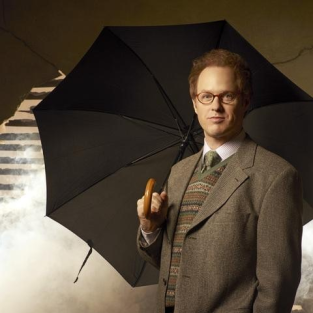 "Raphael Sbarge Teases ""Big Battle"" to Come on Once Upon a Time"