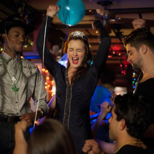 Gossip Girl Photo Preview: Bachelorette Party Time!
