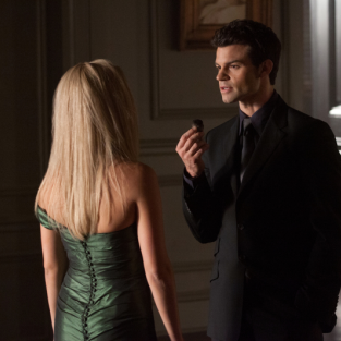 Daniel Gillies Speaks on Aspirations of Elijah, Love for... Meryl Streep?!?