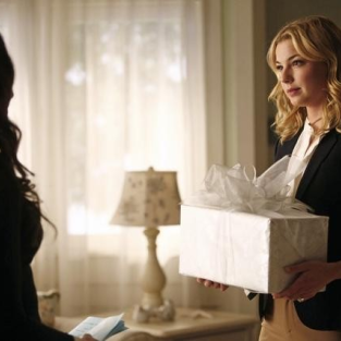 Revenge Spoilers Galore: A Wedding, A Flashback, A Death
