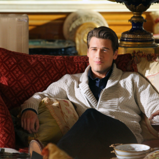 90210 First Look: Welcome, Nick Zano!