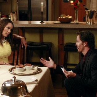 Desperate Housewives Review: Answering the Call