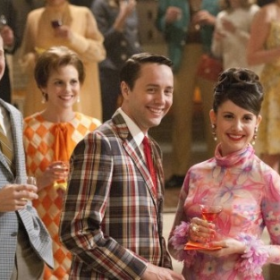 Mad Men Review: Spring Cleaning the Carpet