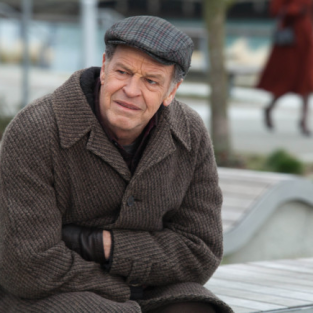 Fringe Stops Production on Season 5 Due to John Noble Illness