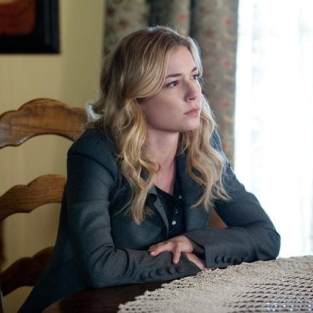 Revenge Preview & Clips: Emily vs. Nolan!