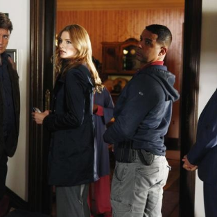 Castle Season Finale Photos: Who Shot Beckett?