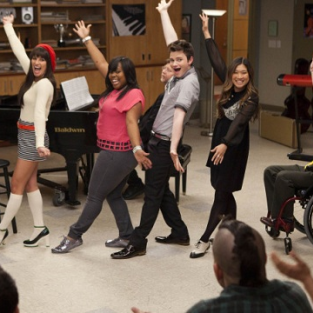 Glee Season 4 Promo: Who Stays? Who Goes?
