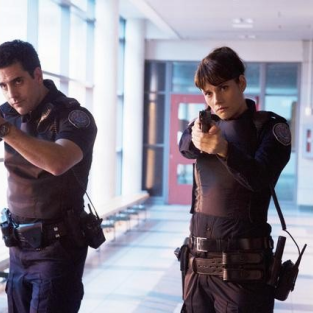 Rookie Blue Review: We Can't All Be Poster Boys