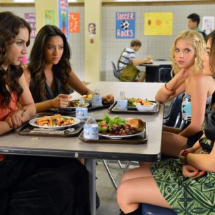 ABC Family to Premiere Pretty Little Liars Web Series