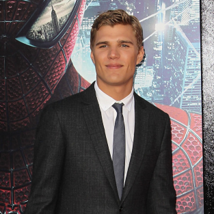 Chris Zylka Cast on American Horror Story