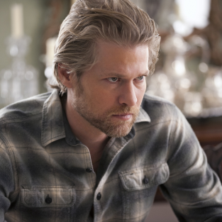 True Blood Interview: Todd Lowe on the Supernatural, Scrambling Eggs and Kissing Carrie Preston