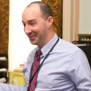 Tony Hale to Reunite with Will Arnett on Up All Night