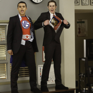 "Glee Picture Preview: ""Dynamic Duets"""