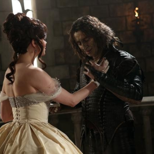 Once Upon a Time Scoop: Snow's Dark Side, Gold's Vengeance, The Future for Emma and Bae