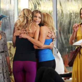 90210 Review: First Wives Club