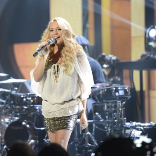 American Idol Review: Ladies Night