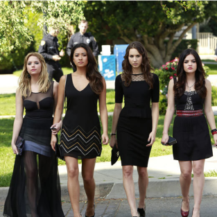 "Pretty Little Liars Music: ""A is for A-L-I-V-E"""