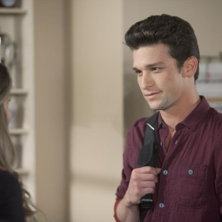 The Secret Life of the American Teenager Review: Passion vs. Comfort