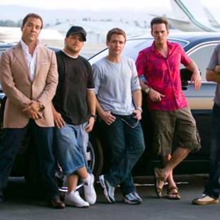 "Entourage Recap: ""Gotta Look Up to Get Down"""
