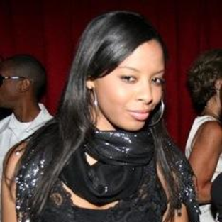 Vanessa Simmons to Star in New Play