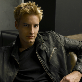 Justin Hartley Cast on Revenge as ...