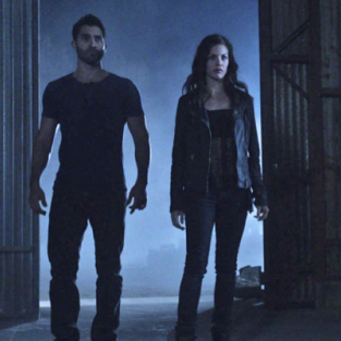 "Tyler Hoechlin Talks Return of Teen Wolf, ""Mutual Admiration"" Between Derek and Scott"