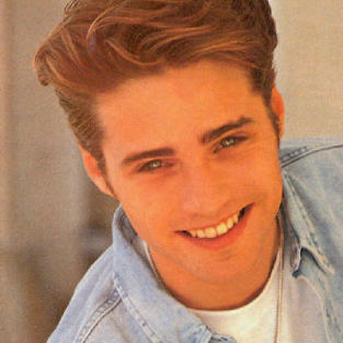 Jason Priestly to Play Brandon Again!