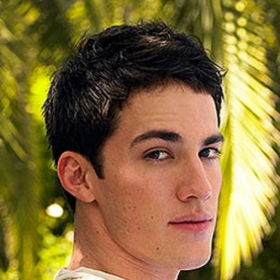 Michael Trevino Lands Role on 90210