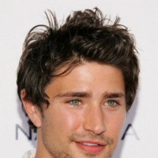 Matt Dallas: Cast on Eastwick