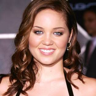Erika Christensen to Guest Star on Season Premiere of Lie to Me