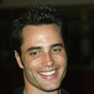 Victor Webster Nabs Recurring Role on Melrose Place