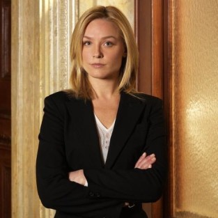 Elisabeth Rohm: Coming to Heroes