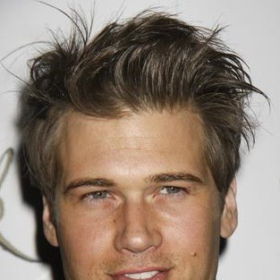 Nick Zano: Moving in to Melrose Place?