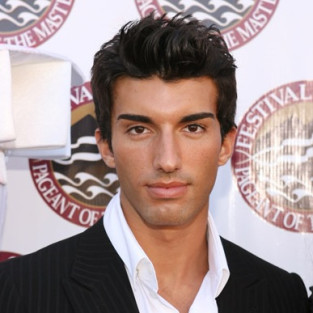 Justin Baldoni: Cast on The Bold and the Beautiful