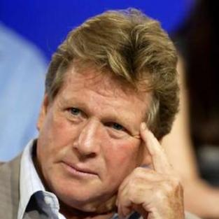 Ryan O'Neal to Play Teddy's Famous Father on 90210