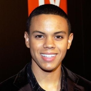 Evan Ross to Recur on 90210