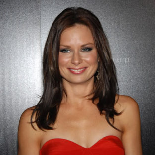 Mary Lynn Rajskub to Play Mitchell's Ex on Modern Family
