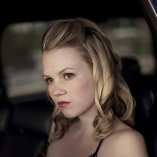 Abbie Cobb to Cause Problems for Annie on 90210