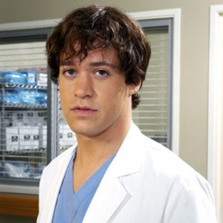 For Fans, T.R. Knight is a Must-See
