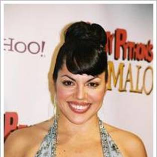 Sara Ramirez is One Smooth Operator