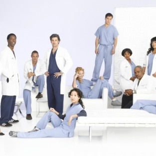 New Promotional Shots of Grey's Cast