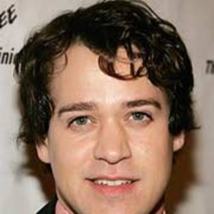 T.R. Knight Confirms Slur Was Made, Resulted in His Coming Out