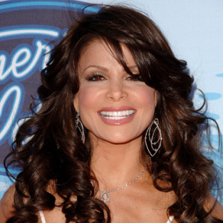 Paula Abdul Breaks Her Nose