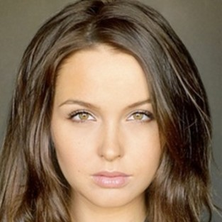 Camilla Luddington to Counsel Sookie on True Blood